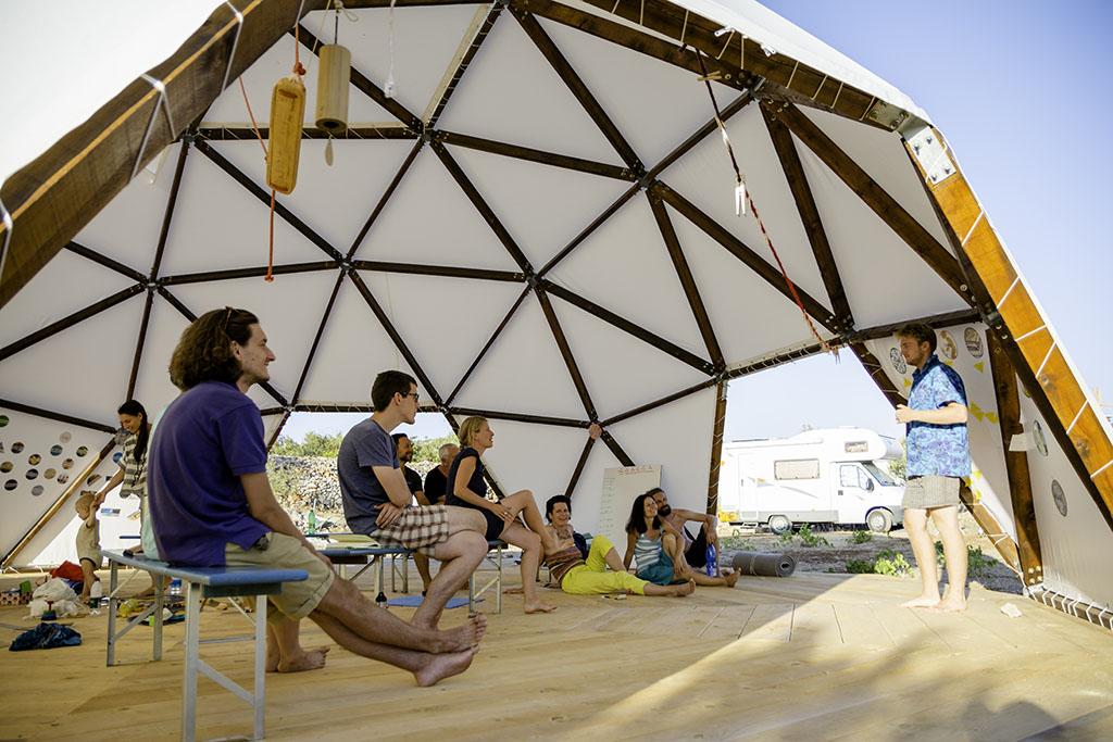 yoga retreat island brac croatia