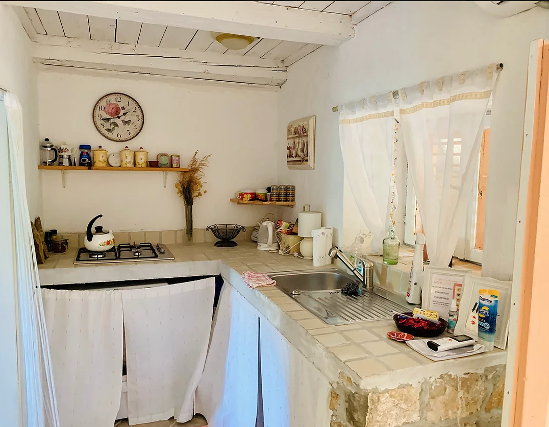 Yoga Retreat accommodation cottages with kitchenette