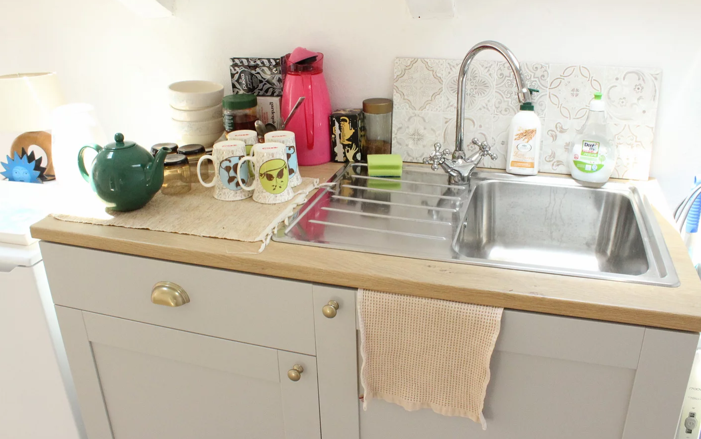 accommodation cottage kitchenette